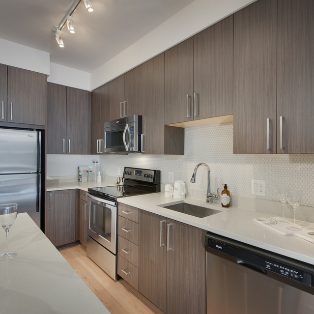 Fenwick Apartments - Lavish Residential Lounges Fully Equipped Gourmet Kitchen with Moveable Kitchen Islands